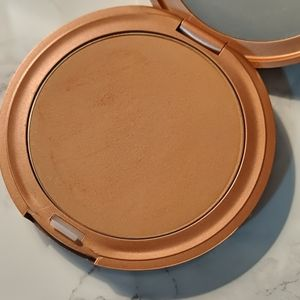 Stila bronzing powder